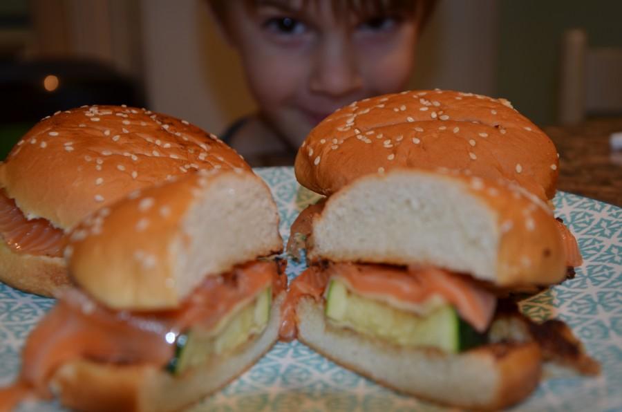 La recette du Burger au saumon fumé