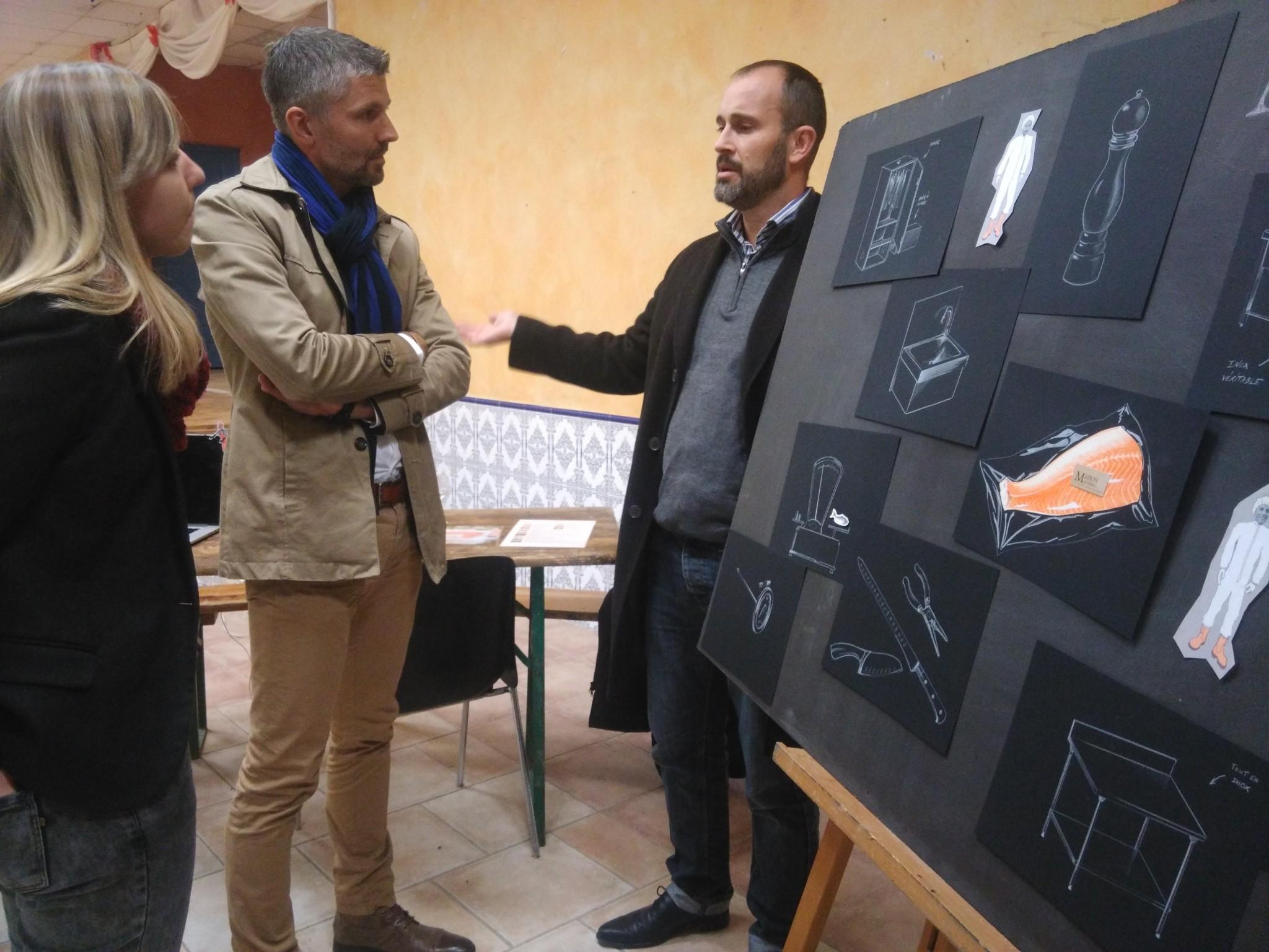 Stéphane en grande discussion avec nos amis de la Chambre des Métiers et de l'Artisanat du Gard